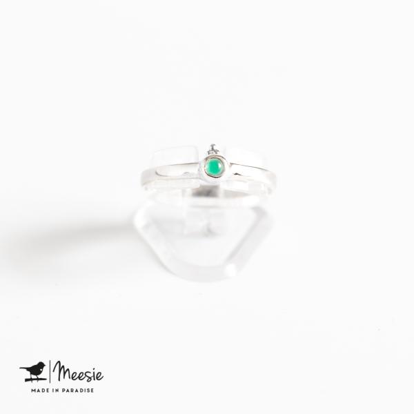 Ring dot groene Kwarts edelsteen zilver