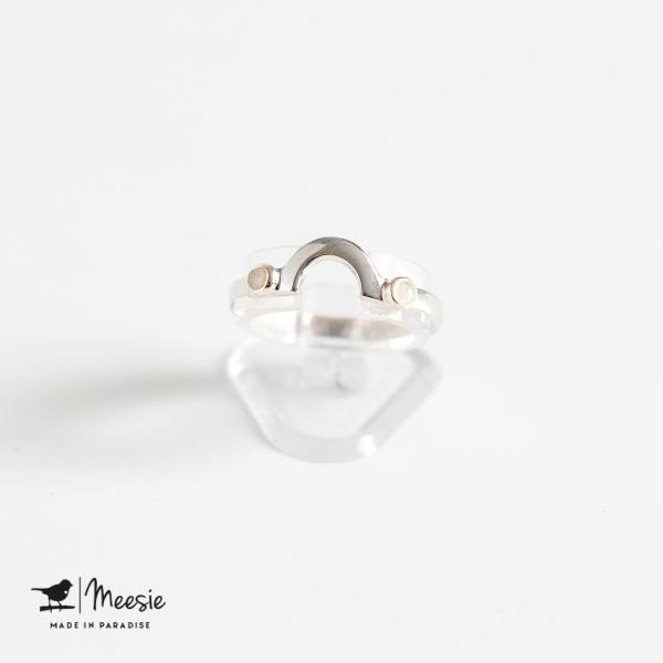 Ring boog met mini Opaal edelstenen zilver