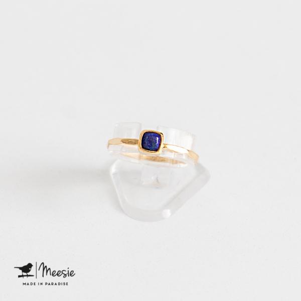 Ring vierkante Lapis Lazuli edelsteen goud op zilver